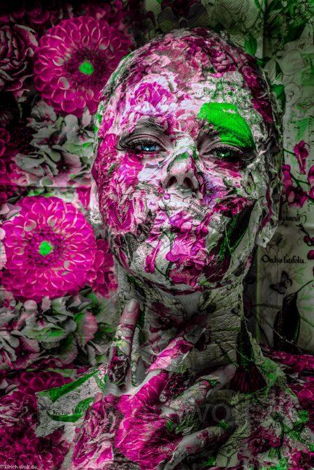 Bont_Wolf_Faces_Flowers 2